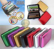 Aluma Wallet - luxusné púzdro na kreditné karty