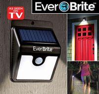 Solárne svetlo so senzorom pohybu Ever Brite