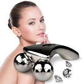 3D masážny prístroj s 360° otočnými hlavicami